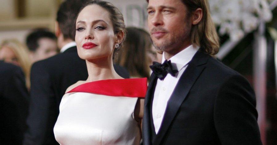 Брэд Питт и Анджелина Джоли объявили о помолвке