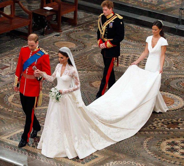 Королевская свадьба в русских нарядах