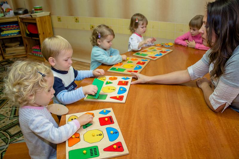 Для чего нужны развивающие центры для детей 3
