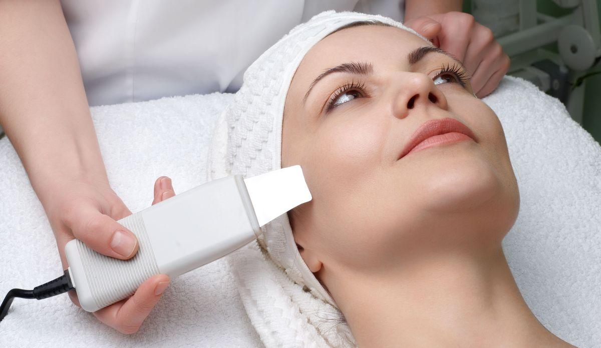 Чистка лица у косметолога в СПБ 1