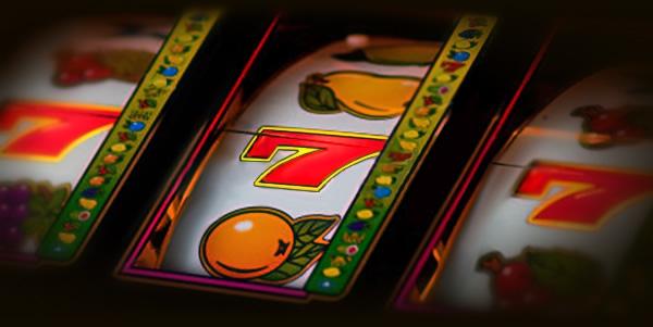 slots (4)