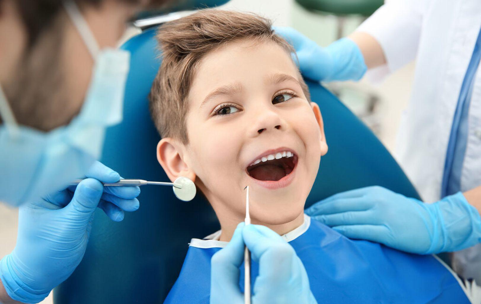 Ребенок-у-стоматолога-00