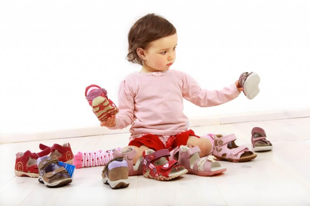 1564415250_kak-nosit-ortopedicheskuju-obuv-detjam
